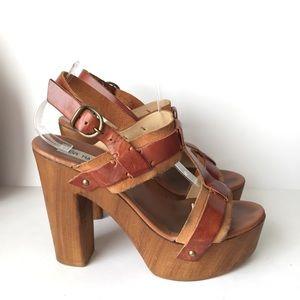 Steve Madden Tan Chunky Platform Sandal Heels 8.5